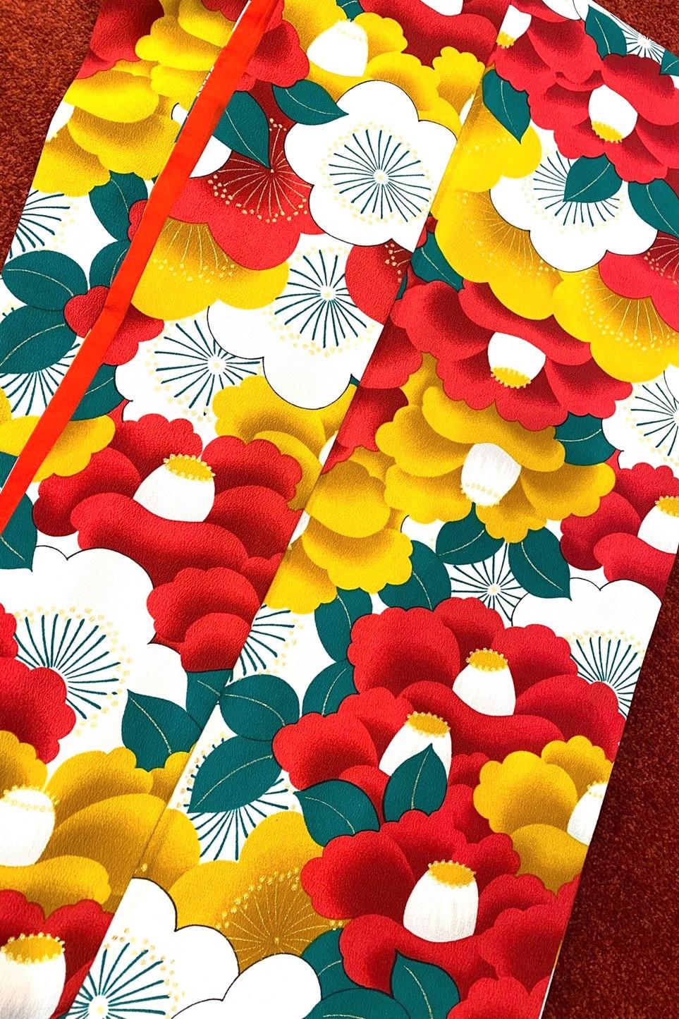 【成人式人気振袖/レンタルフルセット/通販可】個性的可愛いレトロモダン(一番目立つ/柄多めツバキ柄) オレンジ/赤/黄 32006