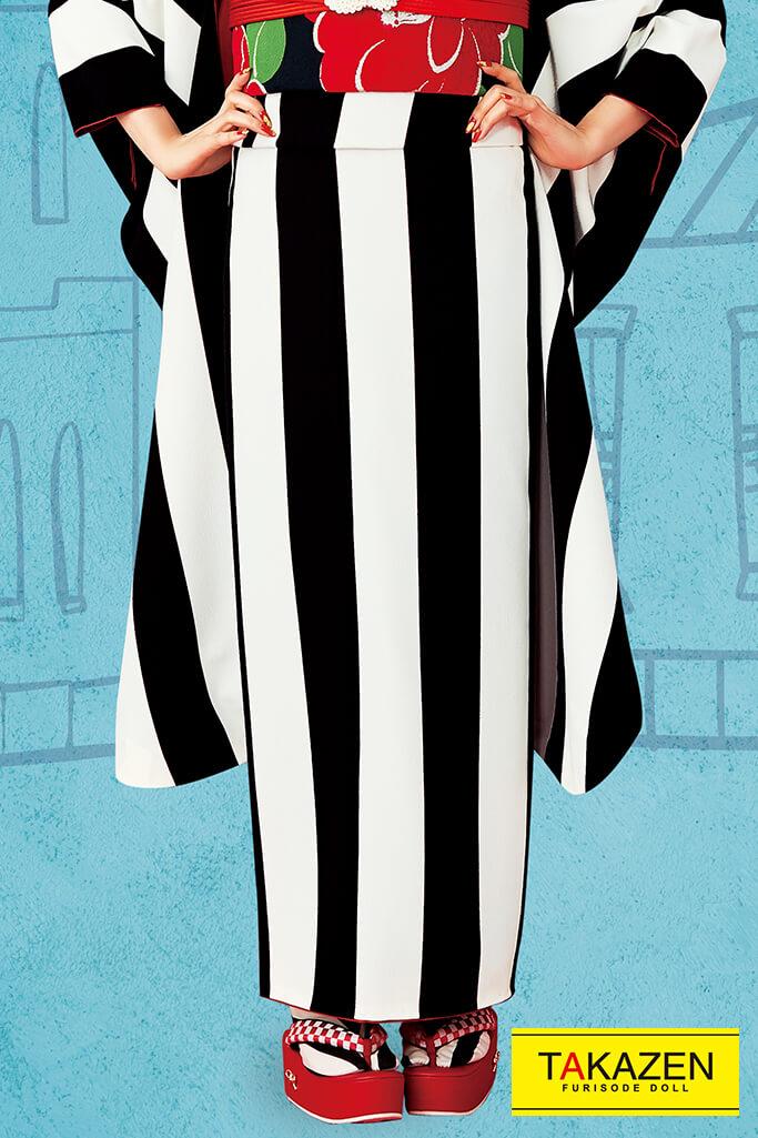 【成人式人気振袖/レンタルフルセット/通販可】人気個性的おしゃれレトロ(シンプルで目立つ被らないストライプ柄) 黒/白 32011