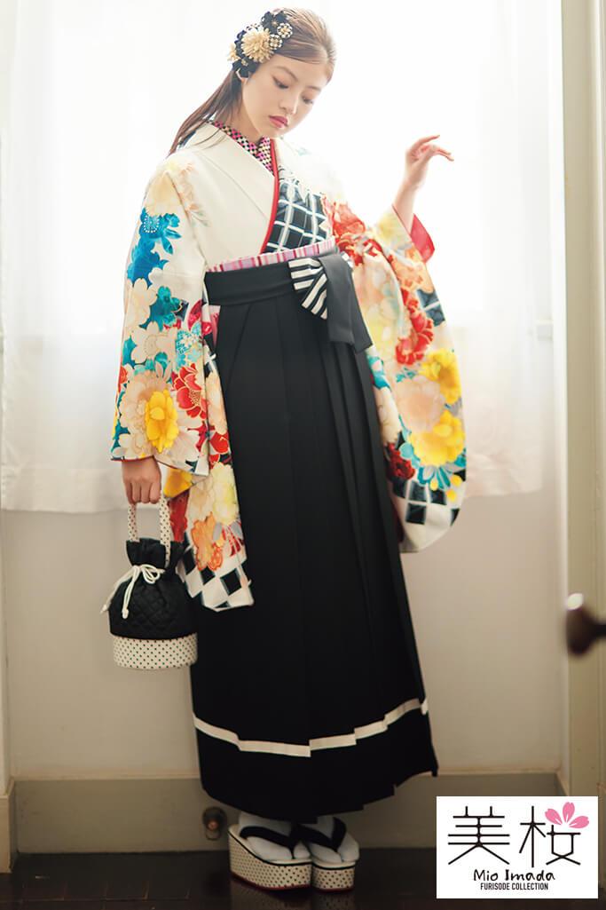 【卒業式袴レンタル/通販可】上品清楚古典(かわいいサクラ柄) 白/黒/ブルー(水色) K21006