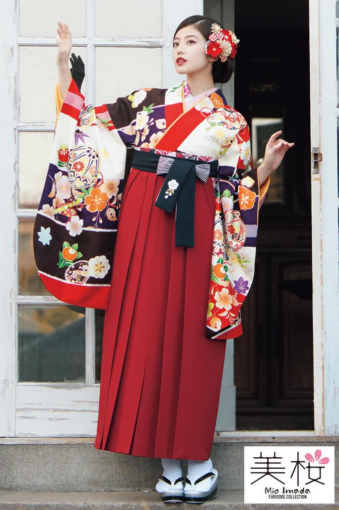 【卒業式袴レンタル/通販可】上品清楚古典(おしとやかサクラ柄) 白/赤/茶 K21013