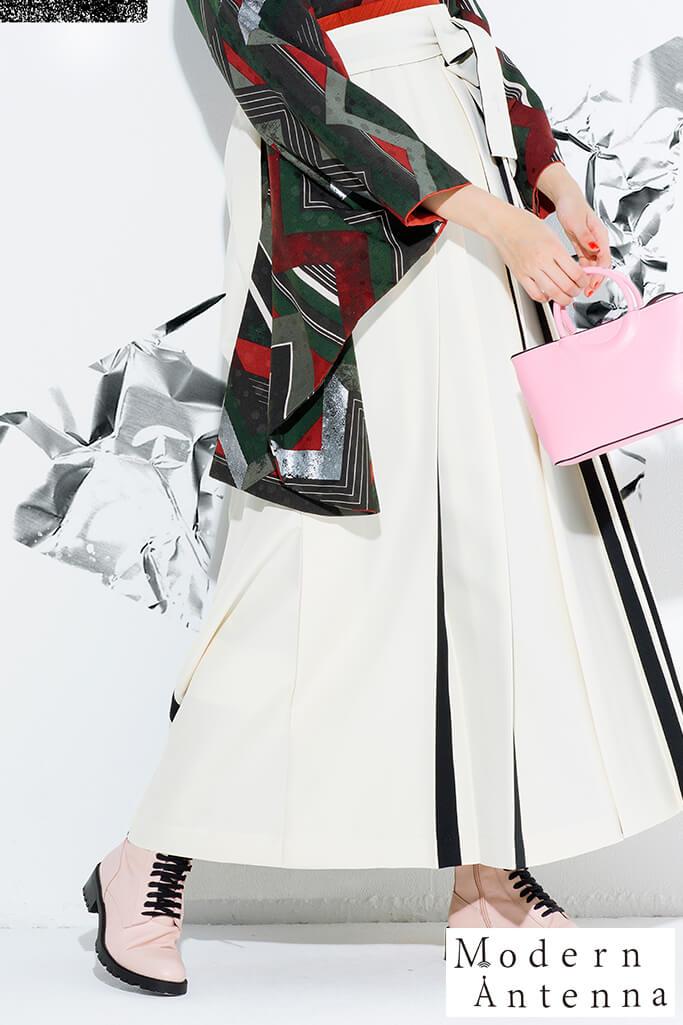 【卒業式袴レンタル/通販可】個性的モダンアンテナ(幾何学模様) 黒/赤/グリーン(緑) R21035