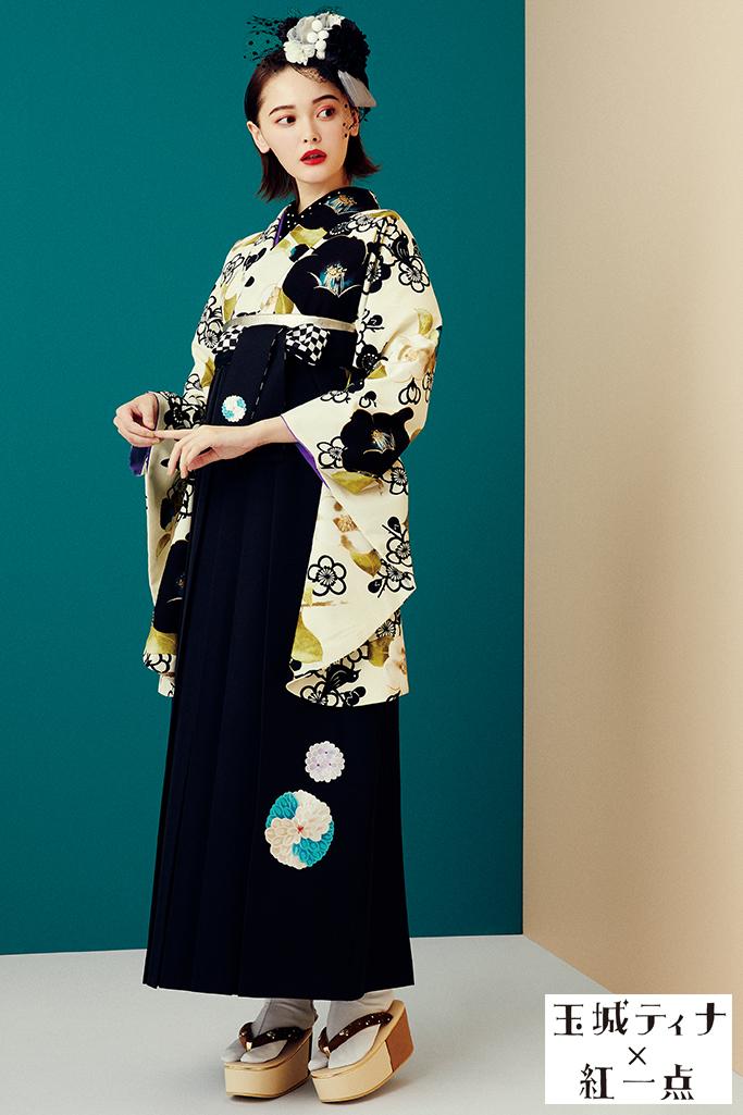 【卒業式袴レンタル/通販可】おしゃれレトロポップ(個性的椿柄) 白/黒/クリーム R21038