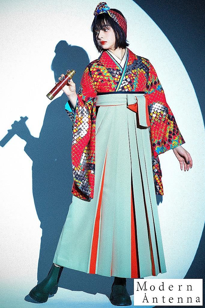 【卒業式袴レンタル/通販可】かっこいいパイソン柄モード(モダンアンテナ) オレンジ/グレー R22035