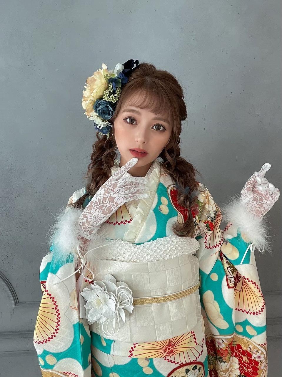 グラマーUkaちゃんの振袖撮影ショット💖Part2